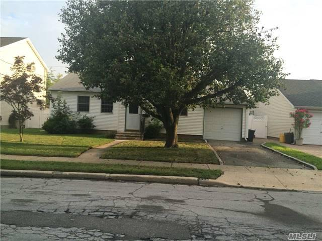 343 N Hickory St, Massapequa, NY 11758