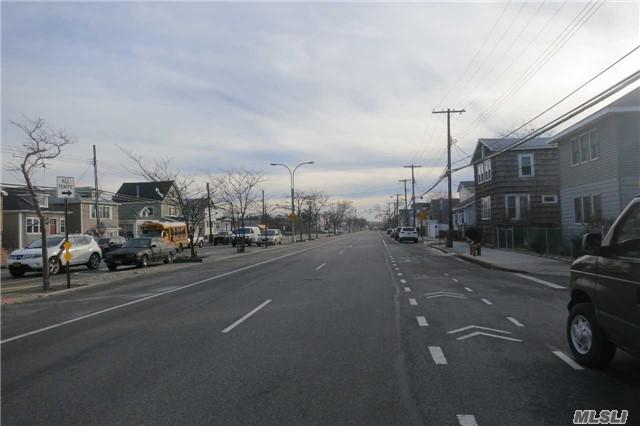 14-15 Cross Bay Blvd, Broad Channel, NY 11693