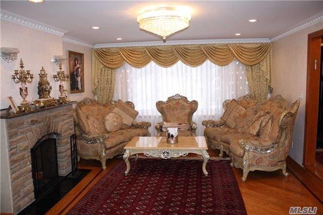 142-07 Hoover Ave, Briarwood, NY 11435
