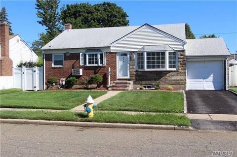 214 Margaret Dr, East Meadow, NY 11554