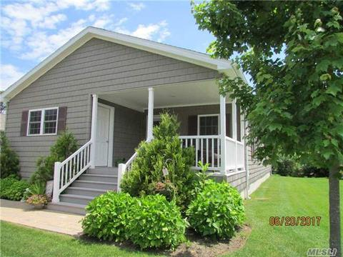 1661-539 Old Country Rd, Riverhead, NY 11901