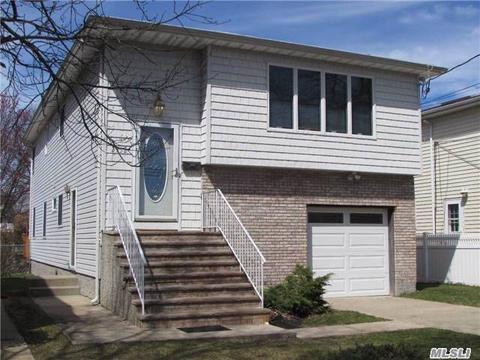 2352 Beverly Rd, Wantagh, NY 11793