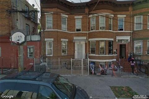 92 Crystal St, Brooklyn, NY 11208