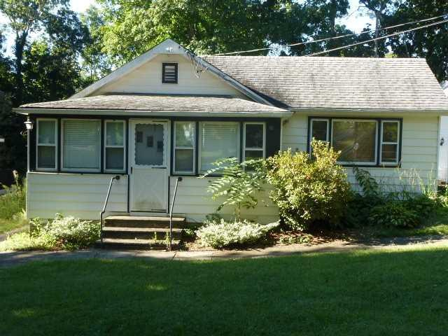 12 Batavia Rd, Patterson, NY 12563