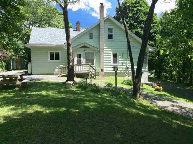 49 Maple St, Catskill, NY 12414
