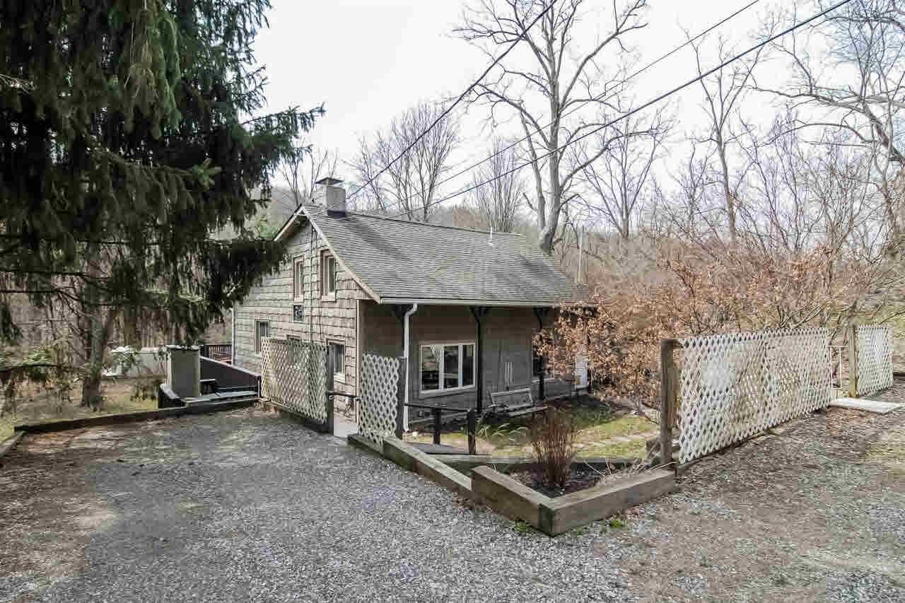 174 Mountain Road, Pleasant Valley, NY 12569