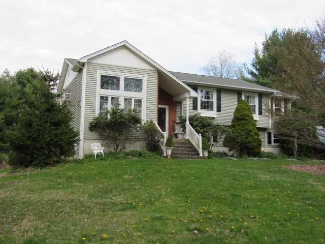 194 Peckslip Rd, Holmes, NY 12531