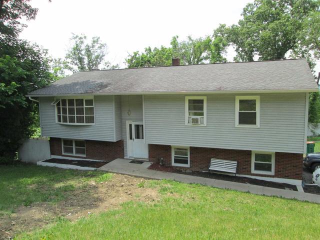 34 Robert Rd, Poughkeepsie, NY 12603