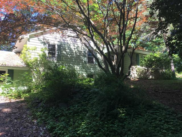 294 Lime Ridge Rd, Poughquag, NY 12570