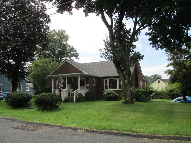 118 Depuyster Ave, Beacon, NY 12508