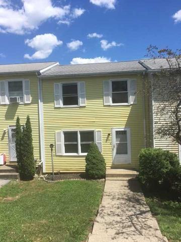 90 Rinaldi Blvd, Poughkeepsie, NY 12601