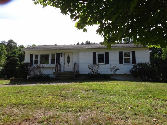 14 Pierce Arrow Rd, East Fishkill, NY 12533
