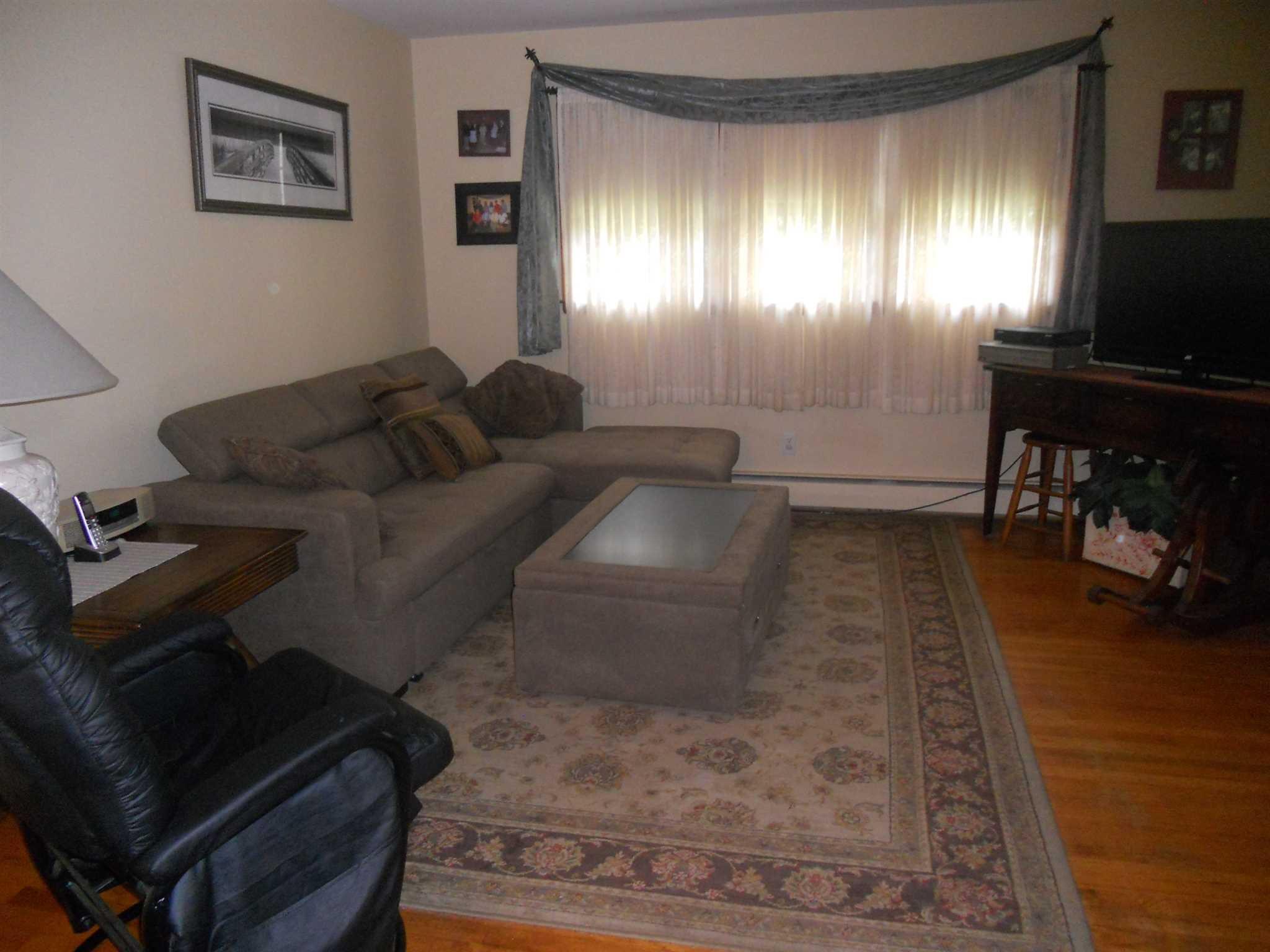 20 Honeymoon Lane Lane, Poughkeepsie, NY 12603
