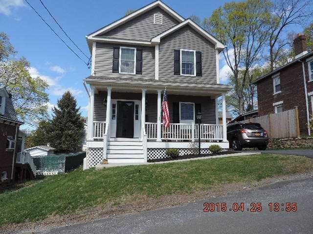 15 Hillside Ave, V. Wappingers Falls Wf, NY 12590