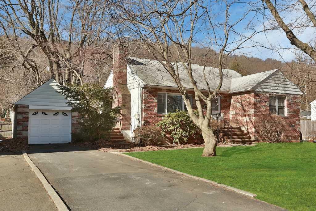 124 Pleasant Avenue, Pleasantville, NY 10570