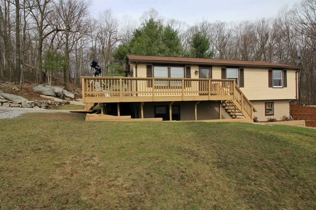 34 Mountain View Rd, Holmes, NY 12531