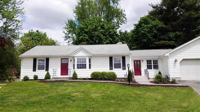 8 Short Hill Dr, Poughkeepsie Twp, NY 12503