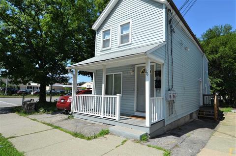 26 Pershing Ave, Poughkeepsie, NY 12601