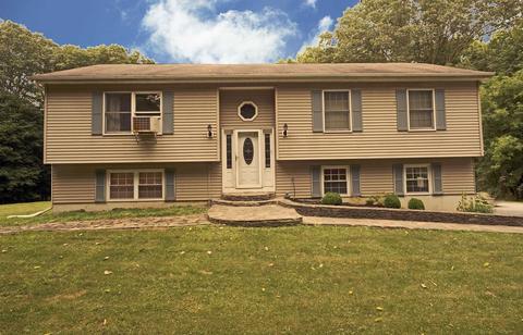 187 Vassar RdPoughkeepsie Twp, NY 12603