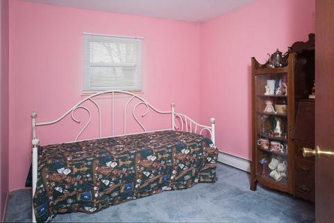 38 Tiger Rd, East Fishkill, NY (21 Photos) MLS# 369790 - Movoto