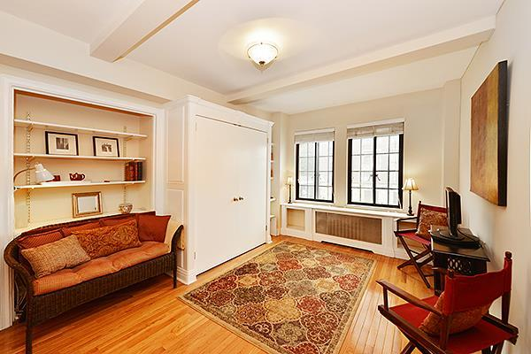 25 Tudor City Pl #202, New York, NY 10017
