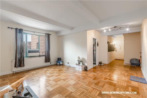1970 E Tremont Ave #8-A, Bronx, NY 10462