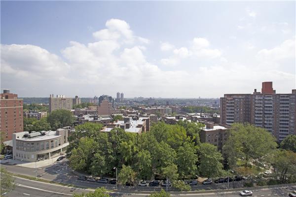 640 W 237th St #12-A, Bronx, NY 10463