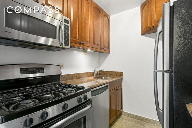 301 E 79th Street #15-C, New York, NY 10075