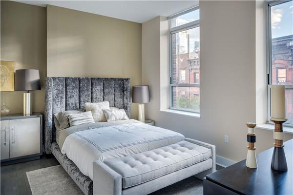 416 W 52nd Street #405, New York, NY 10019