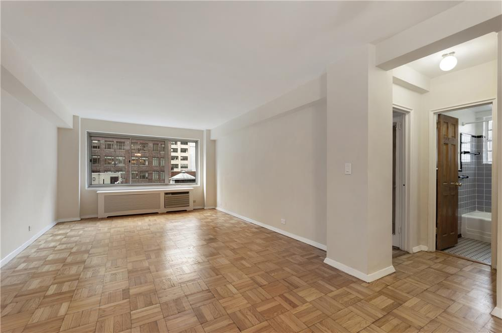 225 E 46th Street #8-H, New York, NY 10017