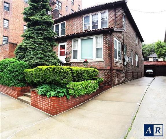 29 94th St, Brooklyn, NY 11209