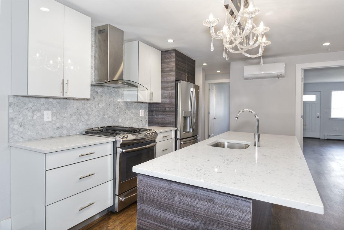 229 Scholes Street #HOUSE, Brooklyn, NY 11206