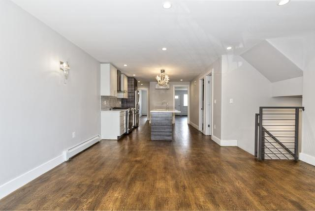 229 Scholes St #HOUSE, Brooklyn, NY 11206