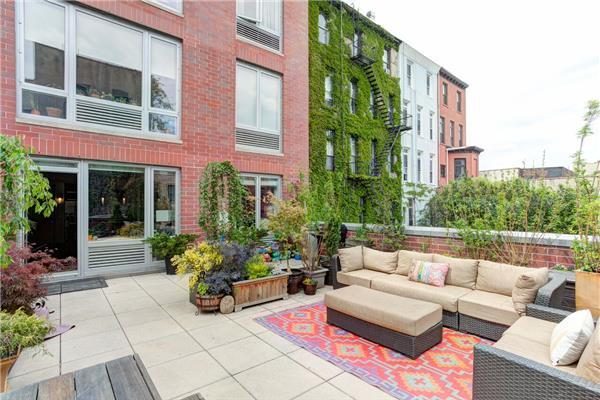 545 Washington Ave #APT 207, Brooklyn, NY