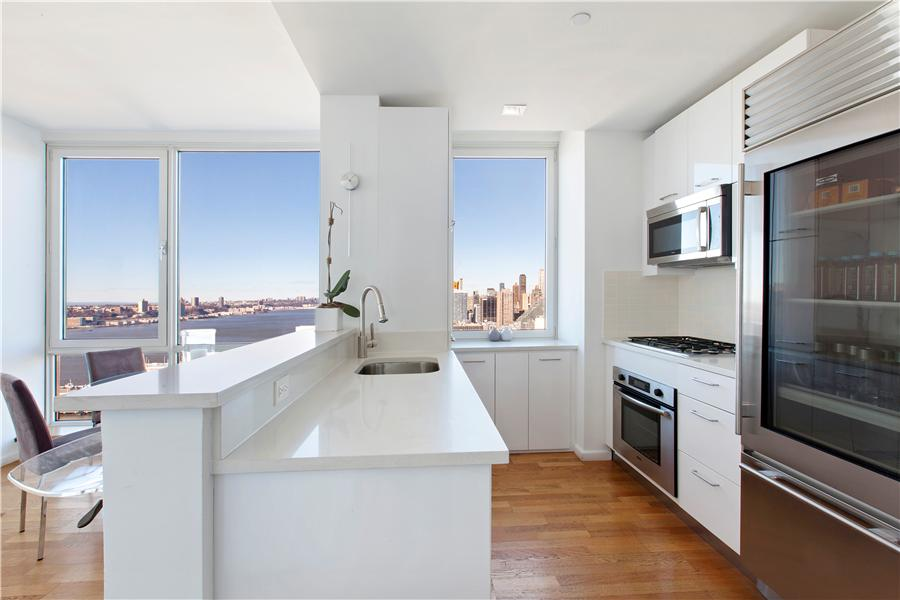 635 W 42nd Street #11D, New York City, NY 10036