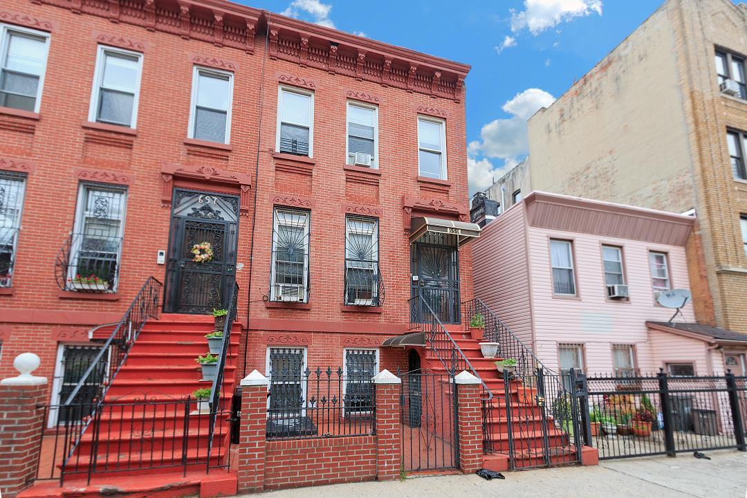 659 Hancock St, Brooklyn, NY