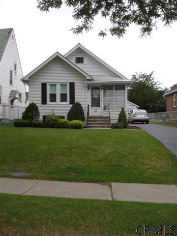 94 Cardinal Ave, Albany, NY 12209