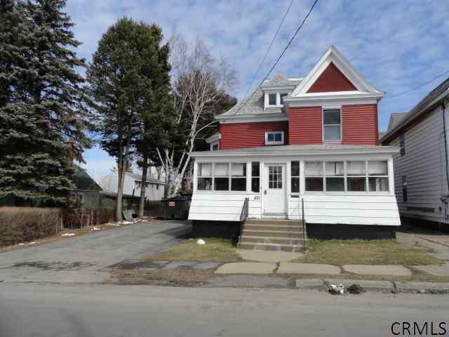 821 Gerling St, Schenectady, NY 12308