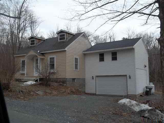 1313 Blue Factory Rd, Cropseyville NY 12052