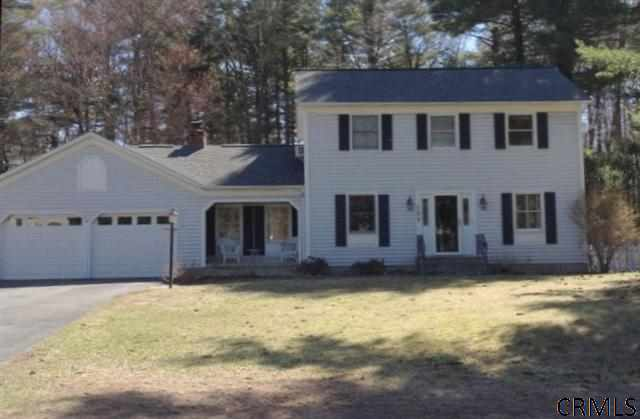 123 Wineberry La, Ballston Spa NY 12020
