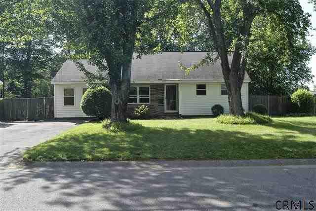 43 Terry Ave, Schenectady, NY 12303