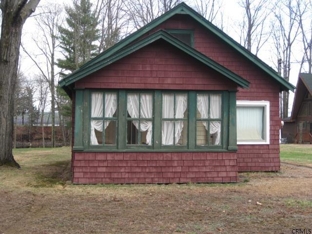 195 Houseman St, Mayfield, NY