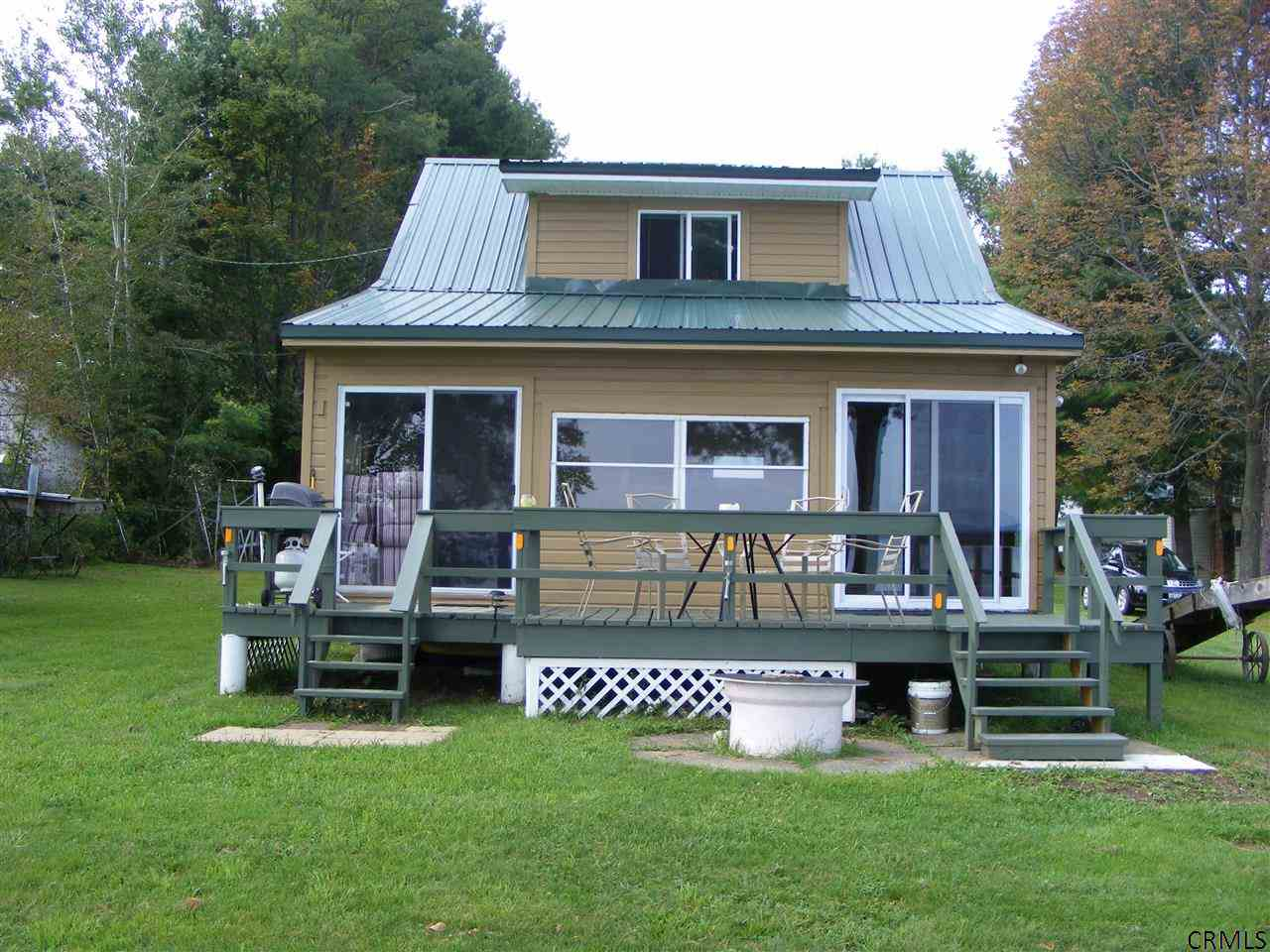 609 Bunker Hill Rd, Mayfield, NY