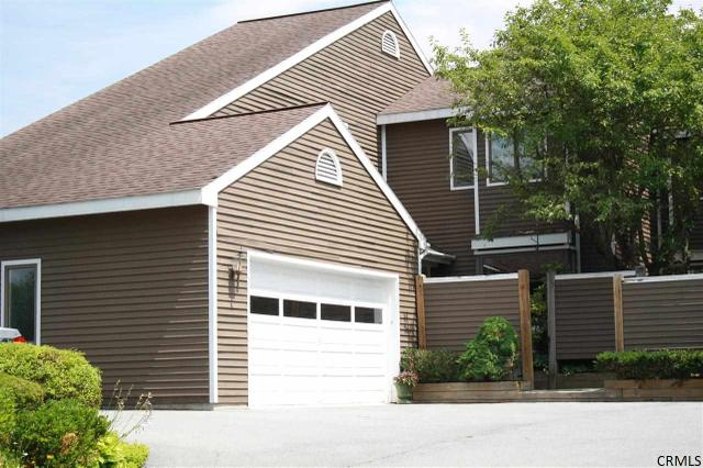 16 Collins Ter, Saratoga Springs, NY 12866