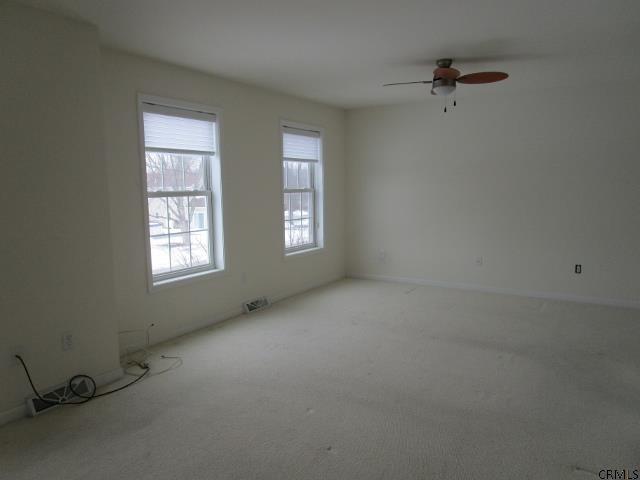 34 Bancker Ave, Schenectady NY 12302