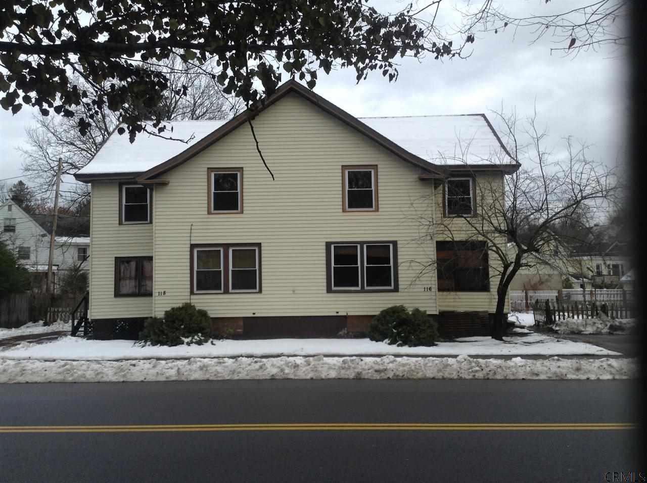 116 High Rock Ave, Saratoga Springs, NY