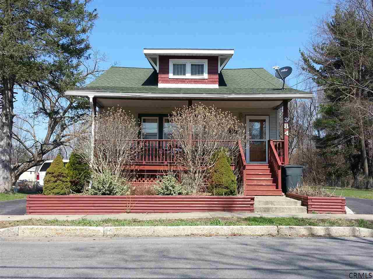 384 Bradford Rd, Schenectady, NY