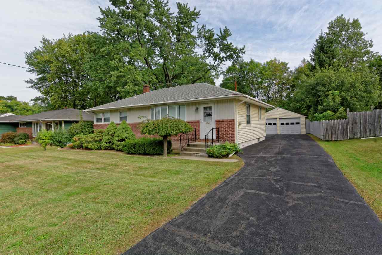 1396 Red Mill Rd, Rensselaer, NY