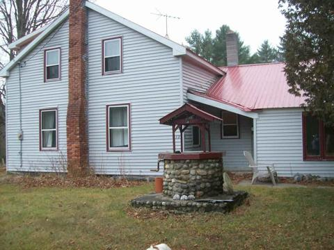 113 Old Meadow Rd, Chestertown, NY 12817