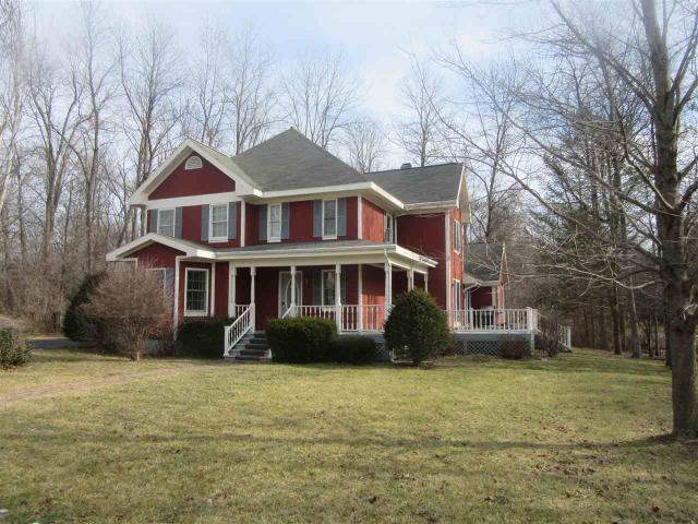 1 New Hampshire Ct, Rexford NY 12148